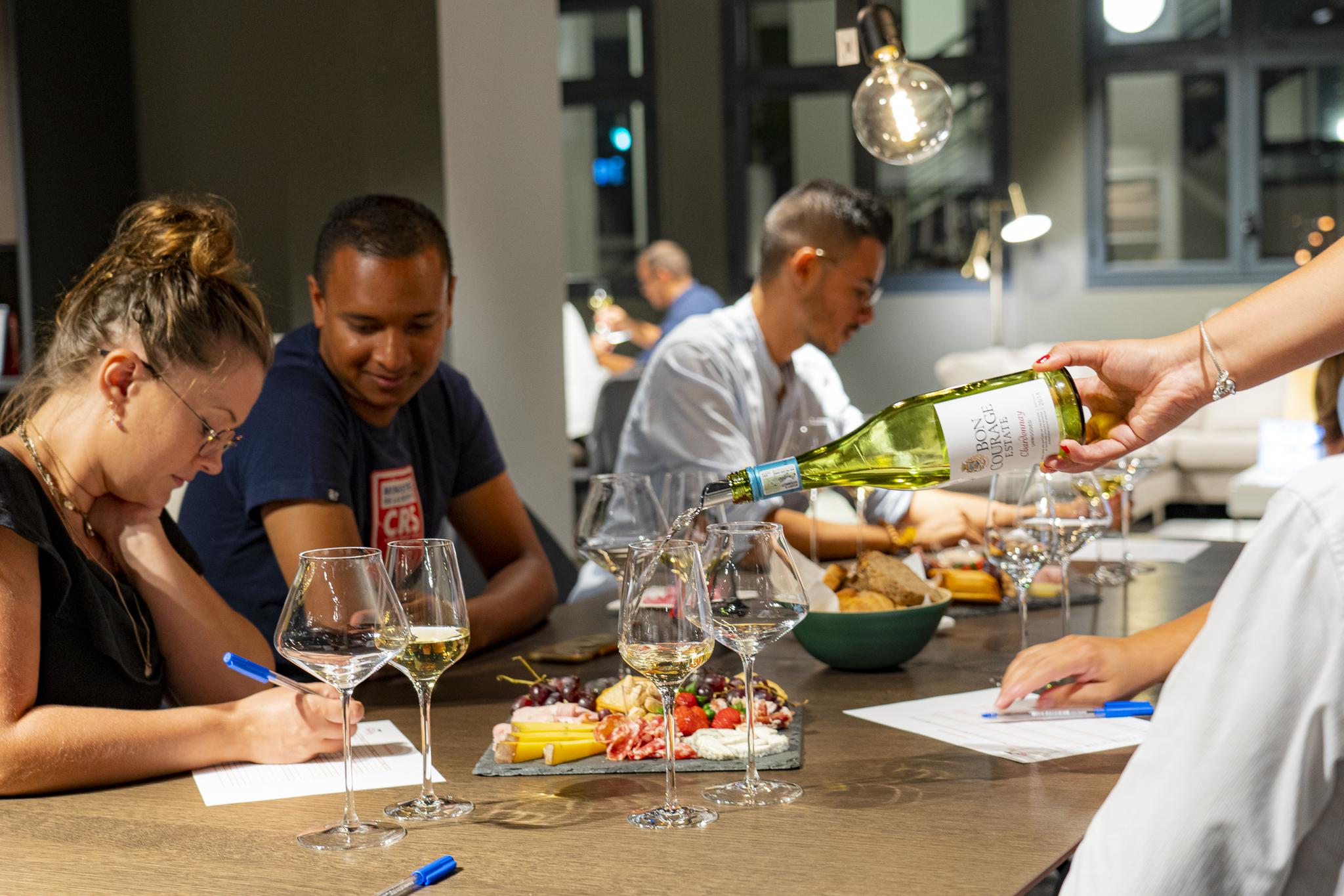 Dégustation BoConcept - Echanges autour des vins dégustés